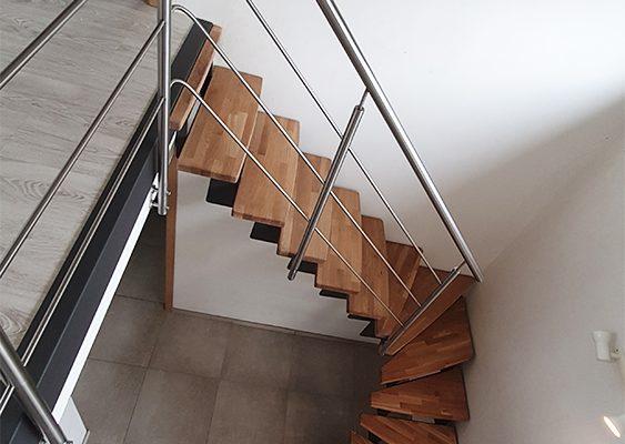 Escalier acier bois